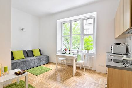 Pineapple studio 3A near Wawel Castle &Main Square - Apartment