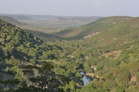 7 Canyons Ranch - Suite 3 - Tarpley
