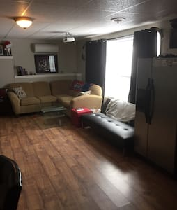 Beautiful 1 Bedroom on the river - Fredericton - Appartamento