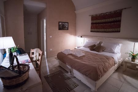 Camera matrimoniale. - Martano