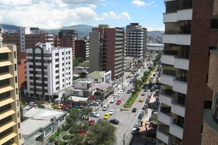 MODERN & CENTRAL * Carolina Park - Quito - Apartment