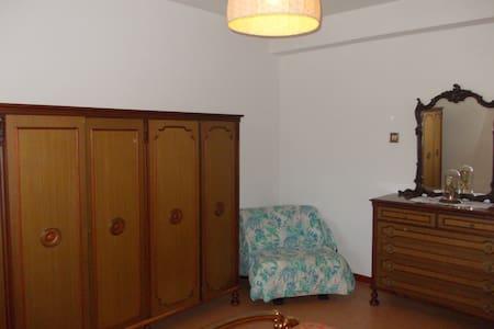 alloggio economico in villa nel borgo - Squillace - Bed & Breakfast