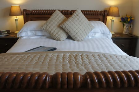 4*Ensuite room nr Mevagissey Habour - House