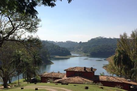 Beautiful Lake House&View-40 min SP - Kabin