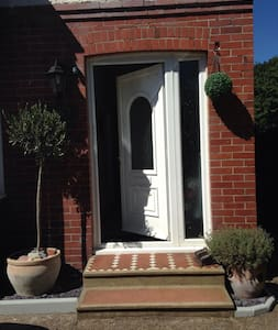 Family home close to Brighton - Southwick - Hus