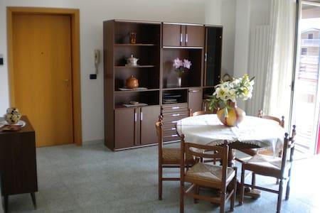 Casa al mare in alba adriatica - Apartemen