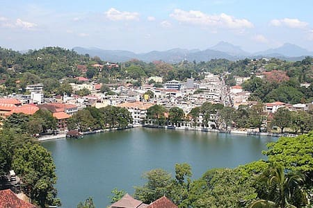 Kandy Hill Breeze ( Home Stay ) - Huis