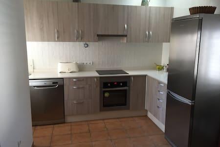 Casa en alquiler a 3 km del centro de Ibiza - Creus des Magres