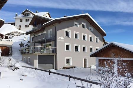 Casa Radieni in Flond GR - Flond