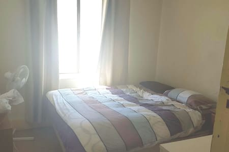 Double room 1 min from Beach