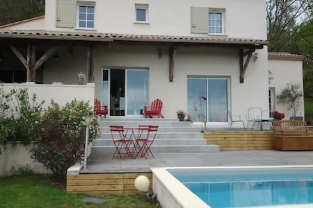la maison du bonheur - Port-Sainte-Foy-et-Ponchapt - Hus