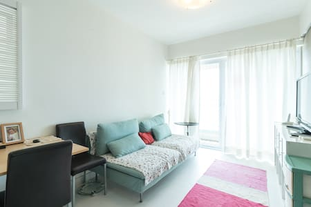 Nice Sea View Flat in Urban Oasis - Appartement