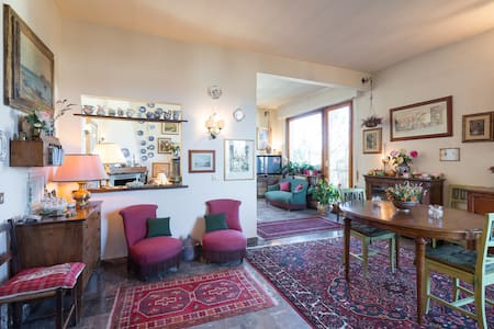 Single room on the Top floor - Firenze - Apartment
