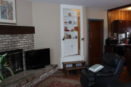 Guest Suite with Secret Passage - Haus