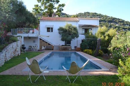 Spacious 5 bedrooms villa with pool scenic seaview - Roquebrune-Cap-Martin