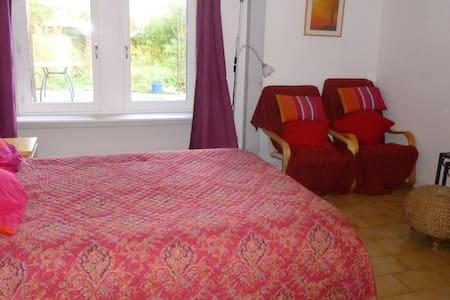 appartement meublé en rez de jardin - Apartment
