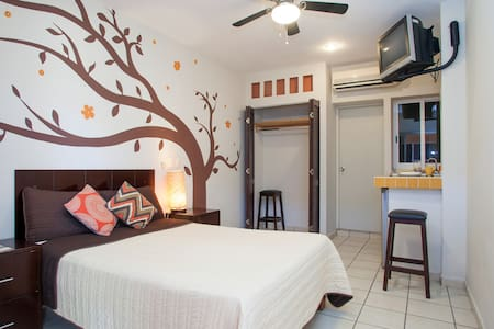 1BD, PERFECT PLACE TO MEET CABO - Cabo San Lucas - Wohnung