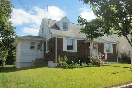 Spacious Affordable Basement - Hamilton Township
