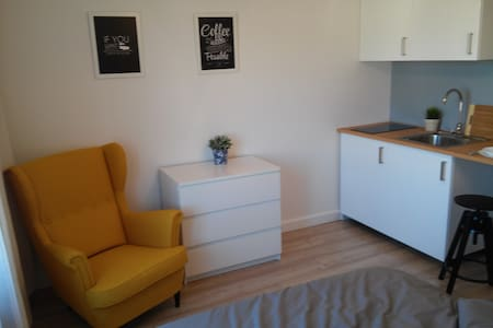 Cosy flat 12 min from Old Town - Apartment