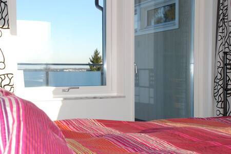 Luxury villa with great sea views - Tyresö - House