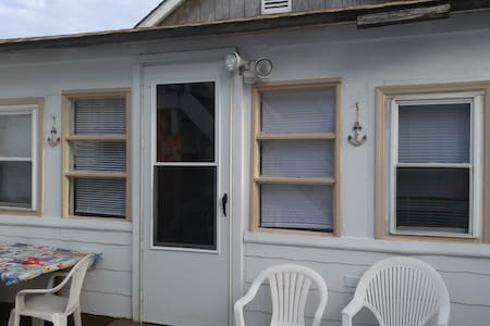 SEASIDE HEIGHTS BEACH COTTAGE - Bungalow