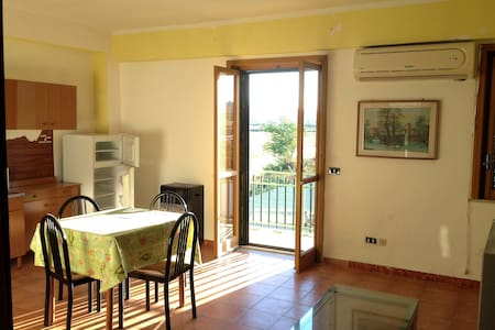 Appartamenti indipendenti/ camere B&B - Apartment