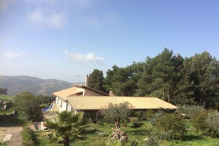 Villa Poggio Impiso - Vizzini - Villa