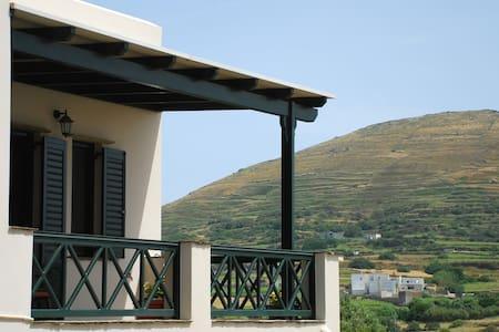Σπίτι για διακοπές στον Φαλατάδο Τήνου - Appartamento