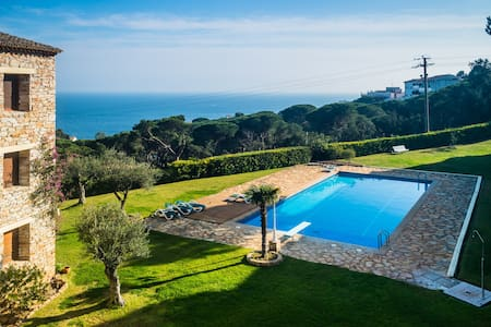 Top 20 vakantiehuizen calella de palafrugell - Calella de palafrugell office tourisme ...