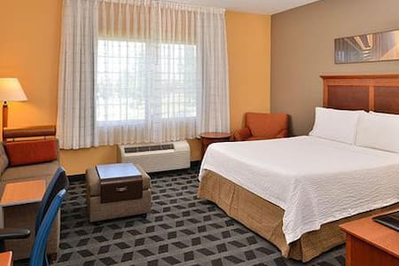 TownePlace Suites by Marriott - Clinton