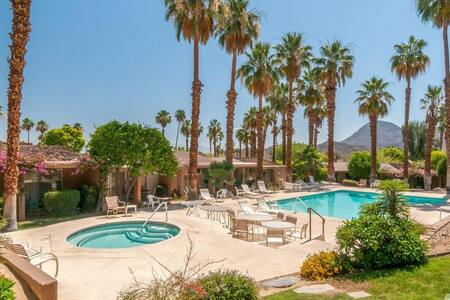 South Palm Desert Spacious King Ensuite - Palm Desert - Villa