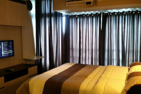 Newly Furnished Studio-type Condo - Wohnung