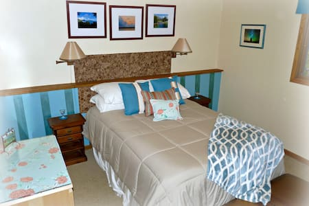Room type: Private room Property type: House Accommodates: 4 Bedrooms: 1 Bathrooms: 1
