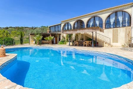 Luxury Villa in mountains, private heated pool - Casa de camp