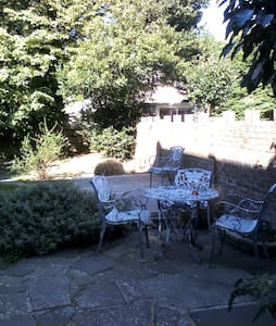 Seaside garden flat - Piso Inteiro
