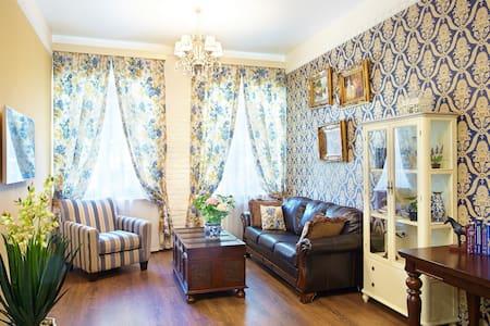 Apartment on Rubinshteina street 9/3 - Sankt Petersburg - Wohnung