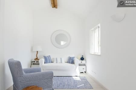 Beach cottage - House