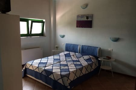 "Room ""Agriturismo La Valbona"" - Travacò siccomario - Bed & Breakfast"