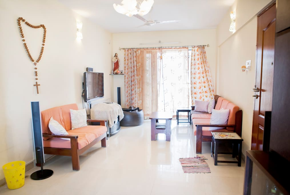 Pvt Room in the heart of the City
