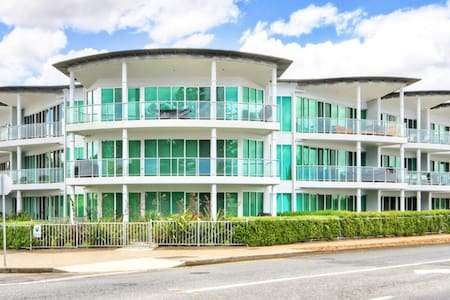 AB FAB!! EXEC PENTHOUSE, BEACHFRONT - Victor Harbor