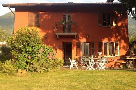 "Como Lake - Colico - ""Villa Coccolo - Haus"
