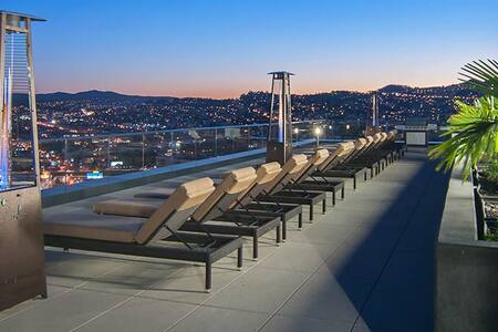 Luxury condo w patio in downtown SF - San Francisco - Apartment