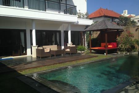 Villa tropica