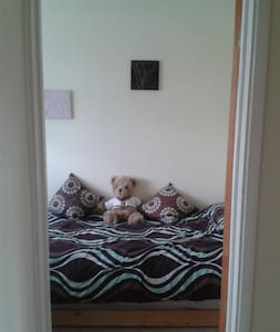 Single room in family home