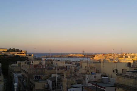 Beautiful flat in Floriana/Valletta - Huoneisto