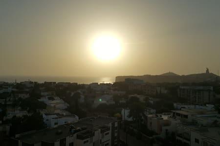 Bel appartement vue sur mer à Fenêtre Mermoz - Dakar - Wohnung