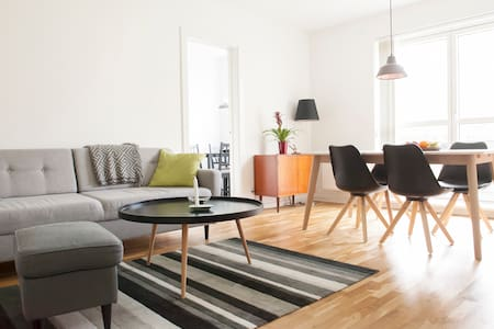 New clean apartment with balcony - Rødovre