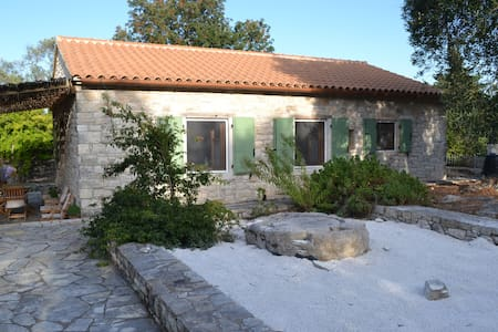 Traditional cottage, Paxos island - Gaios - House