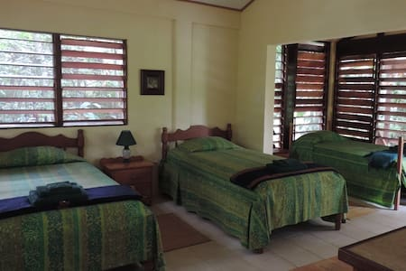 Toucan garden cabana - San Antonio - Bed & Breakfast