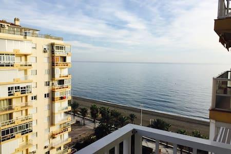 Apartamento en primera linea de playa, Beach, sun - Algarrobo - Apartamento